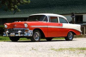 Investavimas į senovinius automobilius ir automobilių restauravimo darbai
