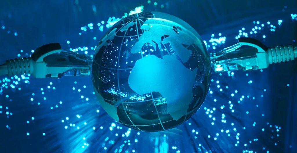 Kodėl šviesolaidinis internetas svarbus mūsų kasdienybei