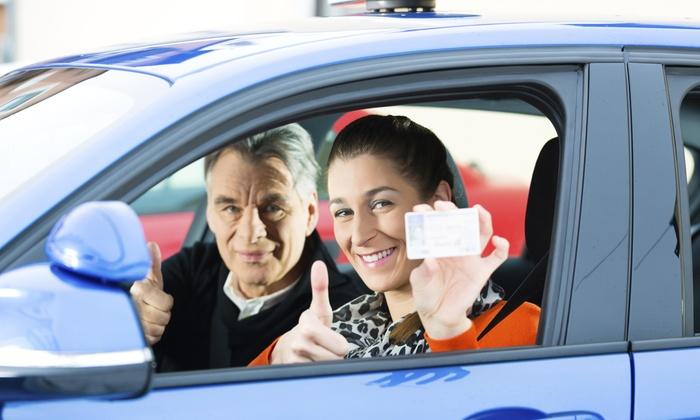 Vairavimo mokykla Vilniuje pagelbės norint gauti vairuotojo pažymėjimą