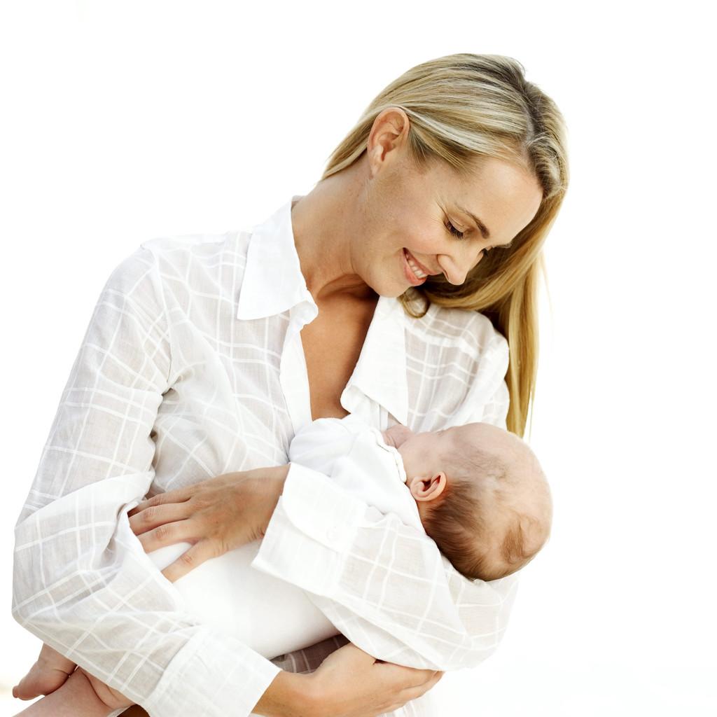 Maisto medžiagos ir vitaminai motinos piene