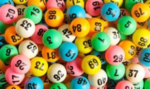 Loterija internetu ir potraukis žaisti azartinius žaidimus