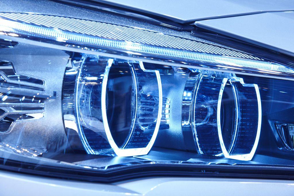 LED lemputės – kokybiškam automobilio numerio apšvietimui