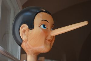 Ar įmanoma išmokti atpažinti melą?